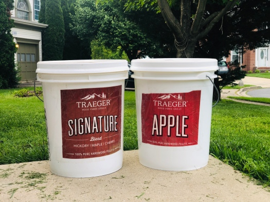 Traeger Pellets in 5 gallon pale
