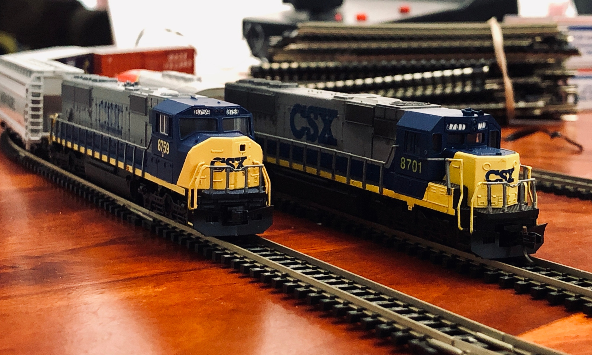 N Scale Lomotives