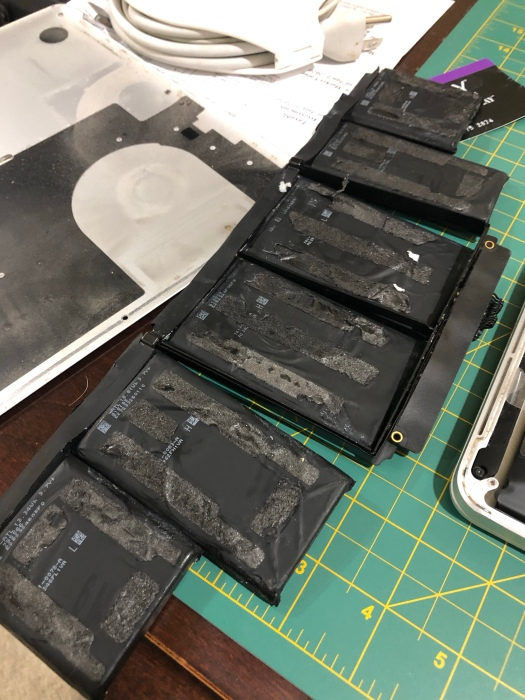 Original MacBook Pro battery after removal